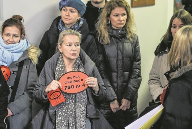 Planowana reforma systemu oświatowego w Gdyni wywołała  opór mieszkańców - szczególnie tych z północnych dzielnic miasta, gdzie zmiany mają być największe