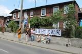 Czynsze w górę o prawie 100 proc. Lokatorzy domu przy ulicy Podgórnej w Toruniu protestują