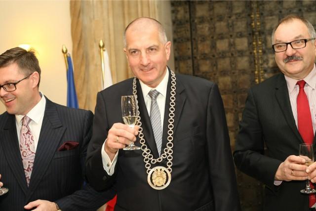 Rafał Dutkiewicz podczas zaprzysiężenia na czwarta kadencję na fotelu prezydenta Wrocławia