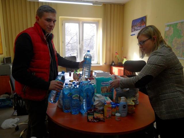 Paulina Kasperek i Marceli Kasprzycki z kolejną turą rzeczy dla Kacperka. Zbiórka trwa cały czas