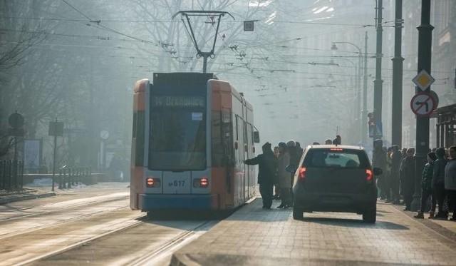 Smog dusi mieszkańców Krakowa