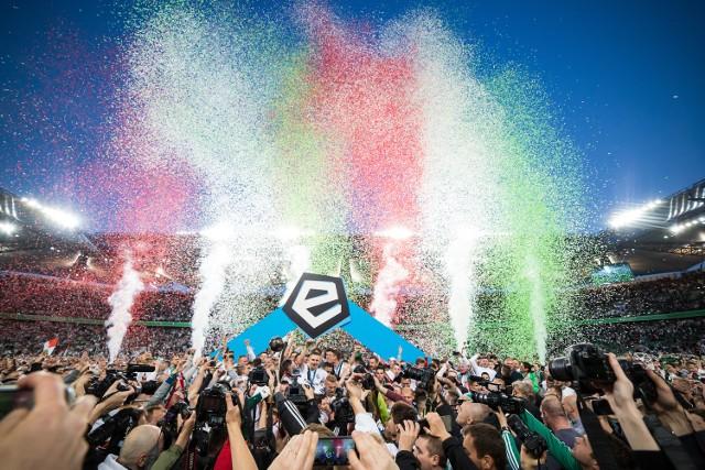 Przeciętna frekwencja na polskim stadionie wyniosła w ubiegłym sezonie 9,1 tys. osób