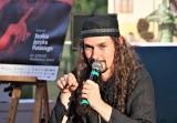 Radek Rak i Andrzej Stasiuk na festiwalu w Szczebrzeszynie. To był ostatni dzień wielkiego festiwalu. Zobacz zdjęcia