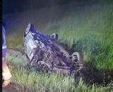 """Wypadek na krajowej """"19"""". Na obwodnicy Wasilkowa zderzyły się trzy samochody osobowe. Jedno z nich dachowało (zdjęcia)"""