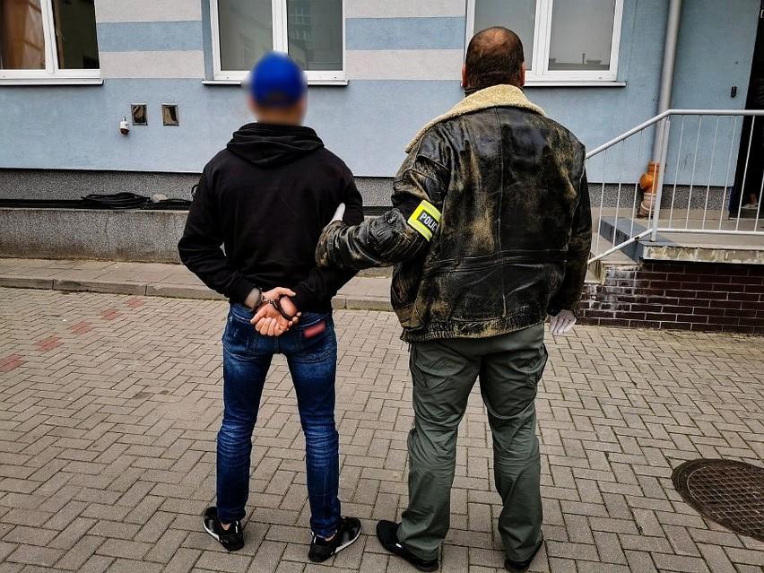 Trzej fałszywi policjanci zatrzymani przez podlaską policję