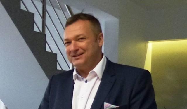 Wiceminister zdrowia Marek Tombarkiewicz  był dyrektorem szpitala w Staszowie.