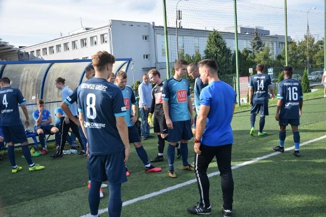Piłkarze Mazowsza w sobotę zagrają w Grójcu z liderem tabeli.