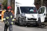 Wypadek w Aleksandrowie Łódzkim. 5 osób rannych w zderzeniu busa z samochodem