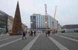 Nowy hotel Mercure obok dworca w Katowicach ma już białą elewację. Widać, gdzie będzie zielona ściana. Zobaczcie zdjęcia i wizualizacje