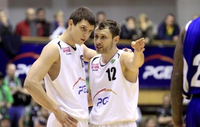Denis, jedziemy do Wrocławia na Final Four - zdaje się mówić Łukasz Wiśniewski do Denisa Krestinina. Turniej już w ten weekend