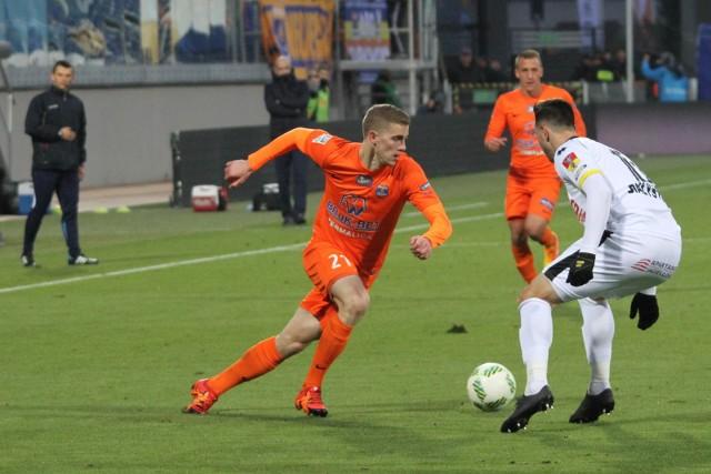 Vladislavs Gutkovskis (z lewej) w tym roku nie pojawi się już na boisku w meczach ligowych