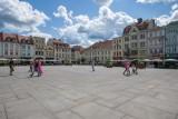Duże utrudnienia na Starym Rynku w Bydgoszczy. Nie przejedziesz nawet hulajnogą!