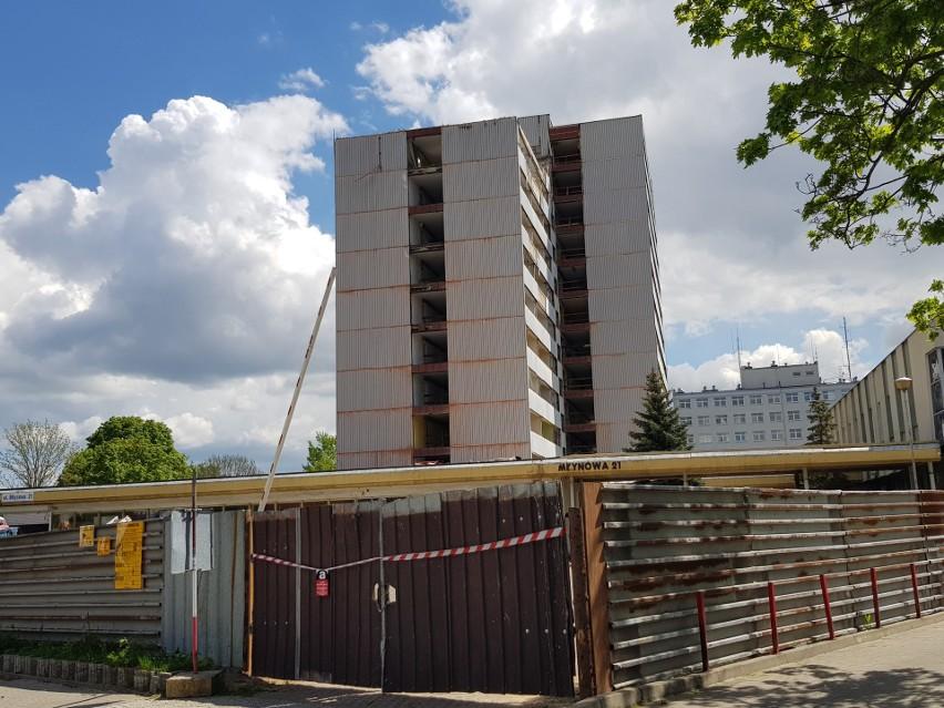 Rozpoczęła się rozbiórka budynku Miastoprojektu. Obiekt...