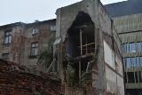 Zawaliła się część oficyny kamienicy przy ul. Składowej. To skutek zaniedbań właścicieli - twierdzi inspekcja budwlana