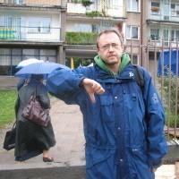 - Rozumiem, że to teren wspólnoty i to ona decyduje, co z nim zrobić - mówi ełczanin Krzysztof Sztramko. - Gdzie jednak w tym wszystkim miejsce na zrozumienie potrzeb sąsiadów?
