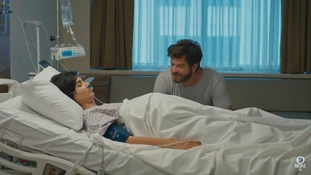 """Suhan w stanie śpiączki trafia do szpitala. Co jeszcze czeka widzów w finałowym odcinku serialu """"Meandry uczuć""""?"""