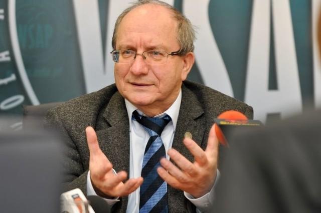 Prof. Jerzy Kopania opowiada o potrzebie pomagania