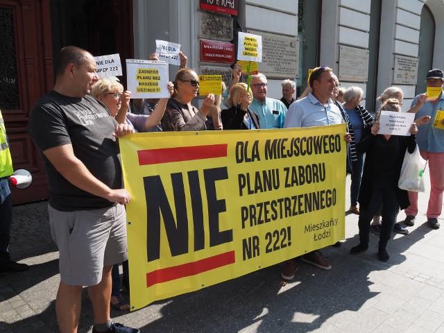 Protest mieszkańców osiedla Wzniesień Łódzkich przeciw planom miejscowym