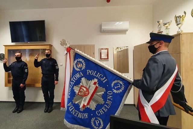 Ślubowanie nowych policjantów w KPP w Chełmnie