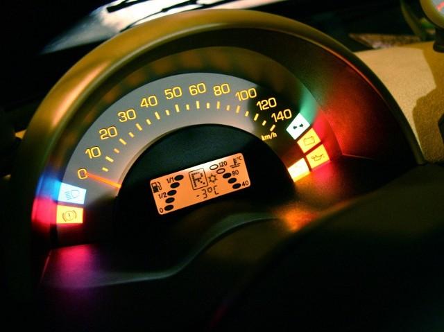 Kierowcy, którym grozi utrata prawka, kombinują, jak mogą, żeby nie pozbyć się dokumentu