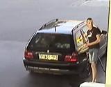 Poznań: Policja poszukuje kierowcy w związku z kradzieżą paliwa. Mężczyzna poruszał się ciemnym samochodem marki BMW