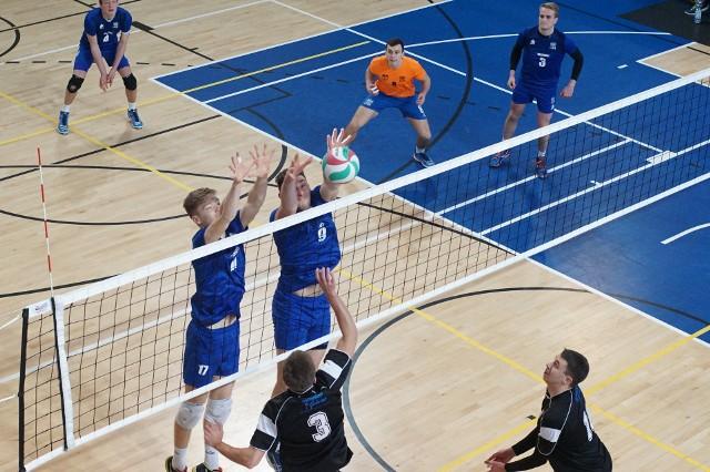 Siatkarze AZS UAM Poznań do play-off startowali dopiero z szóstego miejsca. Mimo to zdołali już awansować do turnieju półfinałowego o wejście do I ligi