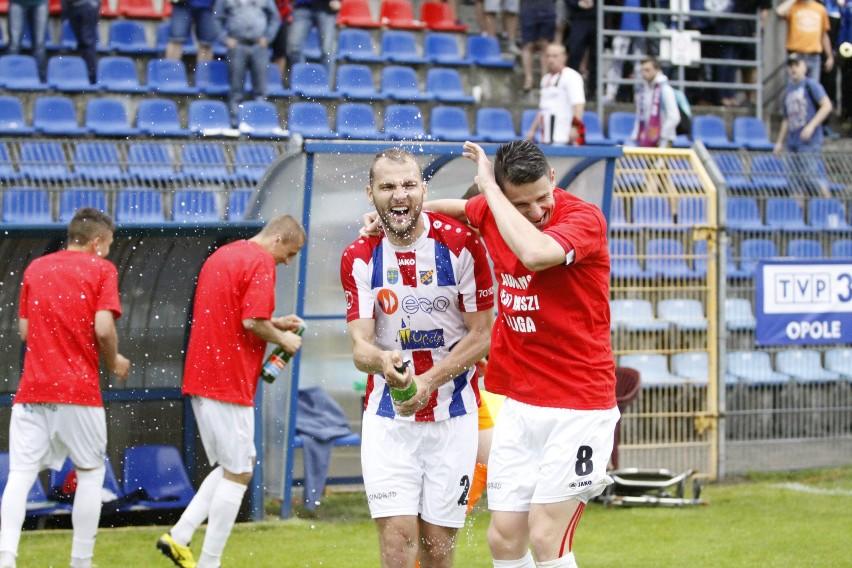 Czy już w sobotę opolscy piłkarze będą otwierać szampany?