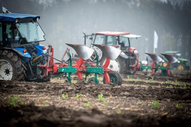 Czy wyższe ceny paliwa znacznie podniosą stawki za usługi rolnicze?