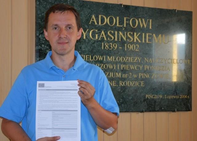 Rafał Kawiorski, koordynator i autor projektu. Jest nauczycielem w Gimnazjum numer 2 w Pińczowie.