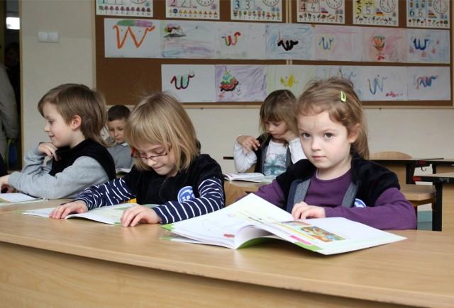 Sześciolatki opuszczą szkoły i wrócą do przedszkoli. Co to oznacza?