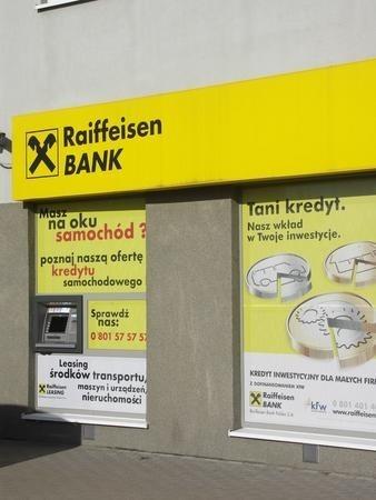 Większość bankomatów wypłaca tylko banknoty bedące wielokrotnością 50 złotych.
