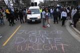 """USA: """"Cholera, właśnie go zastrzeliłam"""" - krzyczała policjantka, która pomyliła pistolet z paralizatorem"""