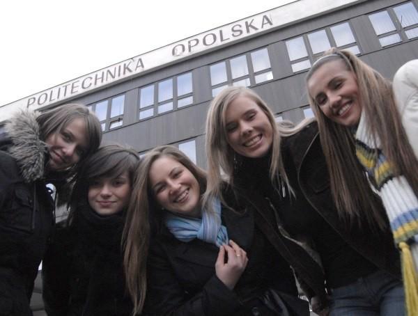 Studentki Politechniki Opolskiej, które na plakatach reklamowały studia.