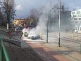 Kraków. Pożar samochodu przy Cmentarzu Podgórskim [ZDJĘCIA]