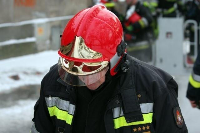 Na miejsce przyjechali strażacy OSP Kargowa. Są utrudnienia w ruchu.