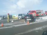 Wypadek na zakopiance. W Rdzawce zderzyły się dwa samochody osobowe. Są utrudnienia w ruchu