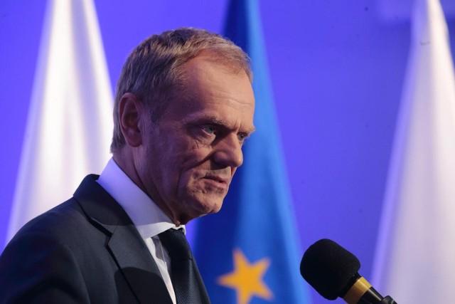 - Jedyną intencją tej decyzji było bezpieczeństwo mojej rodziny, a nie ukrycie czegokolwiek - tłumaczy Donald Tusk.
