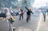 Poznań - Animal Love Parade 2019: Miłośnicy zwierząt paradowali ulicami miasta. Pozytywne transparenty zamiast drastycznych zdjęć!