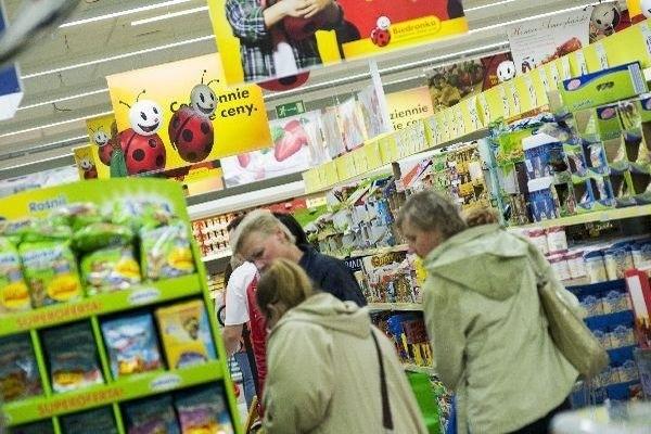 Według dyrektora generalnego Biedronki,  walka na rynku nie toczy się o pierwsze miejsce, ale o to, aby klient kupował w  sklepach tej sieci, a nie u konkurencji.