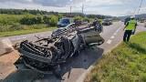 Dramatyczny wypadek na ulicy Krakowskiej w Kielcach. Zderzenie busa i dwóch osobówek! Kierowca zmarł w szpitalu [ZDJĘCIA]