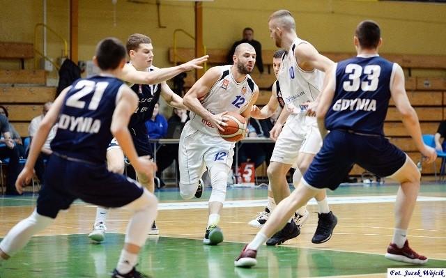 Mecz Żak - Arka II był ostatnim w regionie w tym sezonie