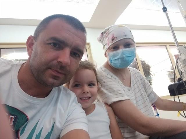 Aleksandra Rzepecka walczy z ostrą białaczką. Jedynym ratunkiem jest terapia kosztowna terapia w Izraelu