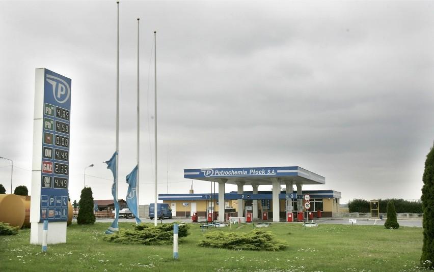 Stacja paliw koło autostrady A4 należała do posła Romana...