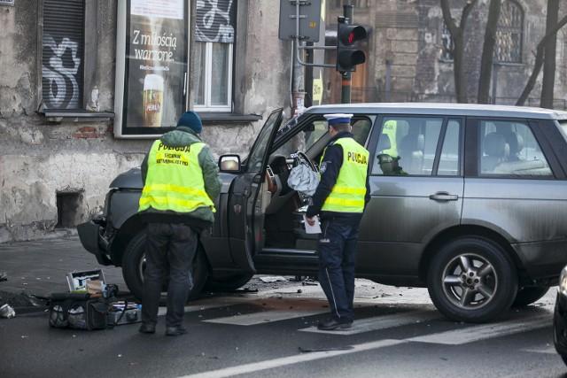 Morderstwo prokurator Anny Jedynak. Miejsce, gdzie uciekający 26-latek rozbił samochód.
