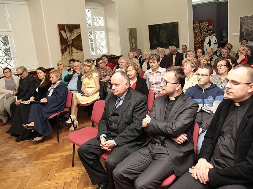Promocja nowej książki Kazimierza TrybulskiegoSala grudziądzkiego muzeum wypełniła się po brzegi