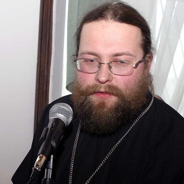 - Przez dwa lata modliliśmy się o naszą cerkiew w Rzeszowie. To dla nas szczęśliwy dzień. Dziękuję serdecznie - mówił do radnych ojciec Jarosław Kadyło.