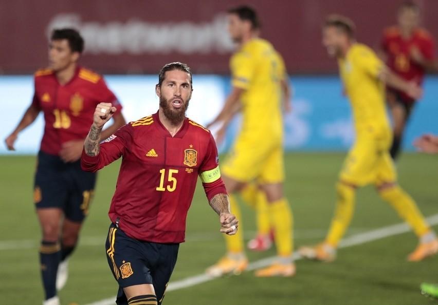 Wyjątkowy wieczór Sergio Ramosa w kadrze. Gracz Realu Madryt najskuteczniejszym obrońcą w historii futbolu