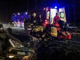 Powiat choszczeński. Wypadek pod Płotnem w gminie Pełczyce. Jedna osoba w szpitalu