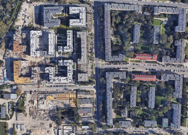 Osiedle Grochów II w Warszawie. Po lewej nowe budownictwo, po prawej PRL-owskie osiedle wybudowane pod koniec lat 40.