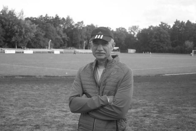 Józef Korzeń po współpracy z Wartą Poznań swoim warsztatem trenerskim dzielił się kilka lat temu m.in. z piłkarzami Warty Śrem